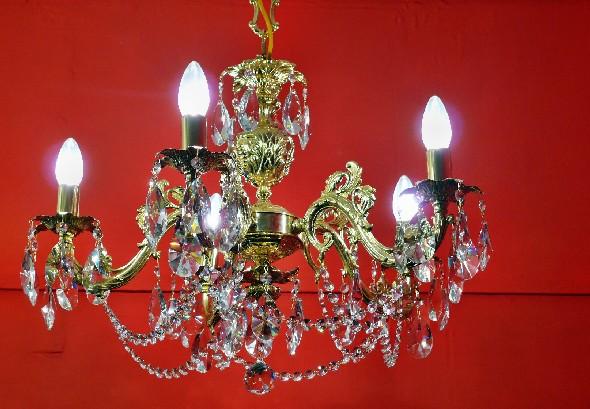 Złoty żyrandol mosiężny - Stylowa lampa z mosiądzu