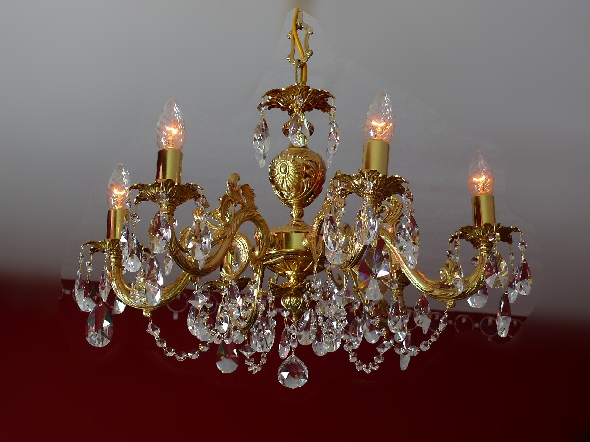 Złoty żyrandol z mosiądzu i kryształu Swarovskiego