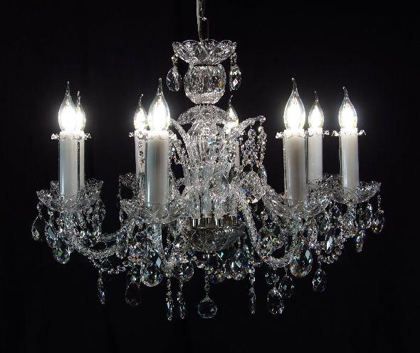 Stylowa lampa do salonu lub sypialni z ołowiowymi kryształami