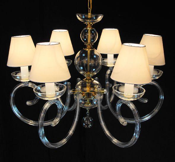 Industrialny żyrandol do salonu wykonany ze szkła kryształowego