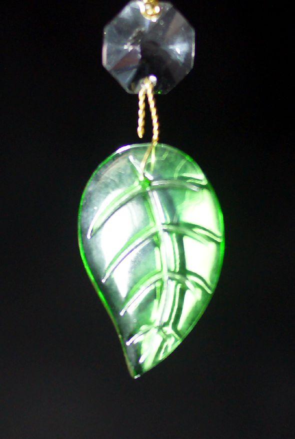Zielony listek kryształowy
